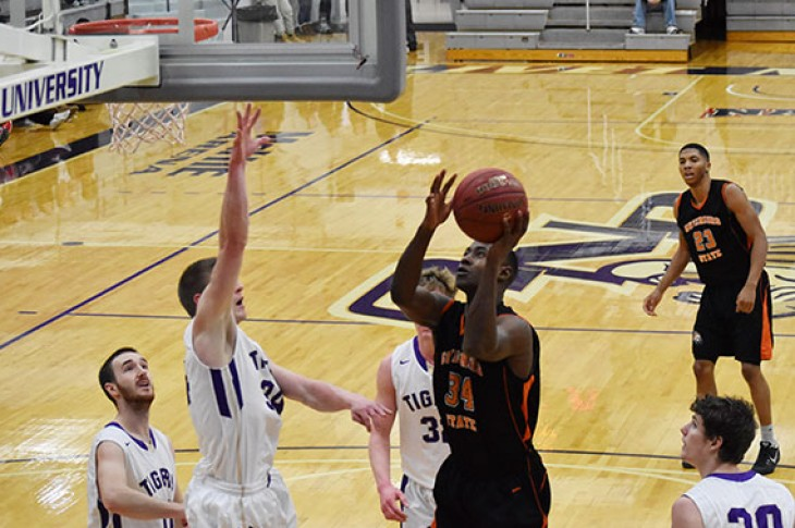 Shane Roberts drives towards the net against ONU.
