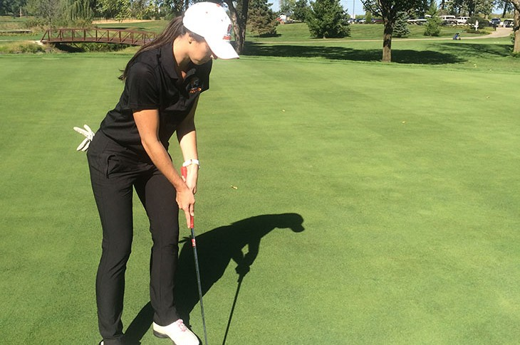 Nicole Brusich on the green at Blackberry Oaks